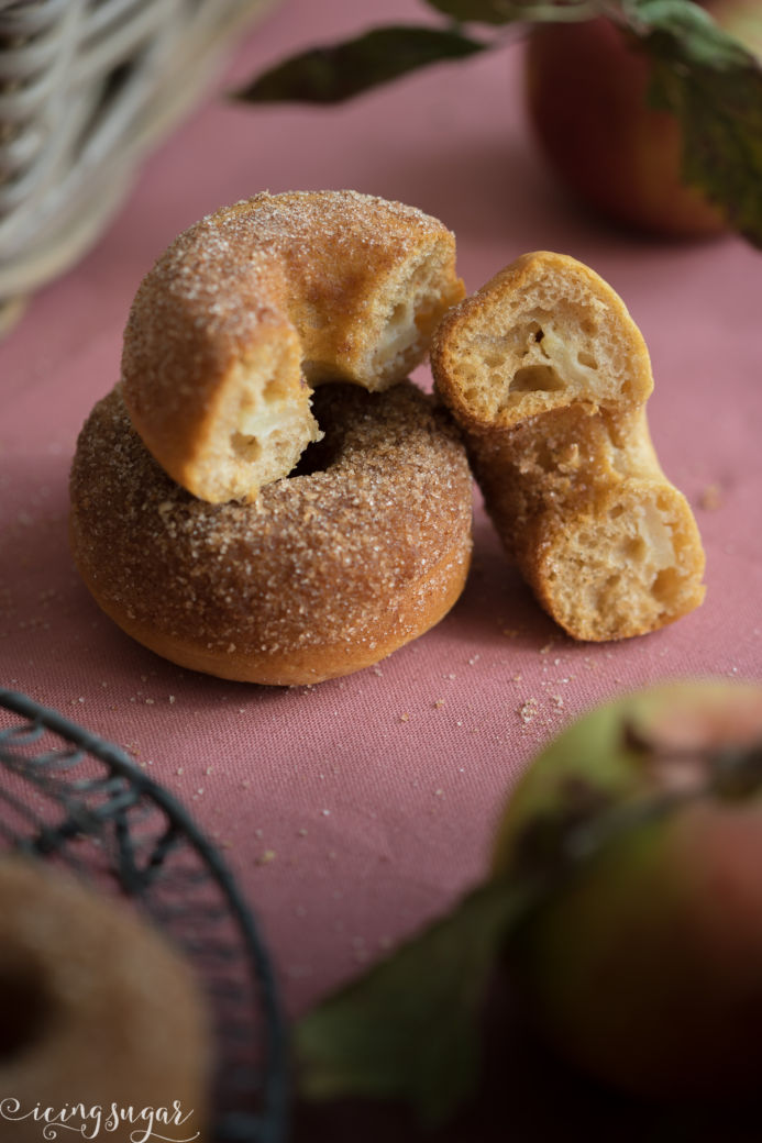Apfelküchlein Donuts by Icing-Sugar.com